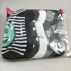 No Boundaries NEW 7pr emoji socks bundle
